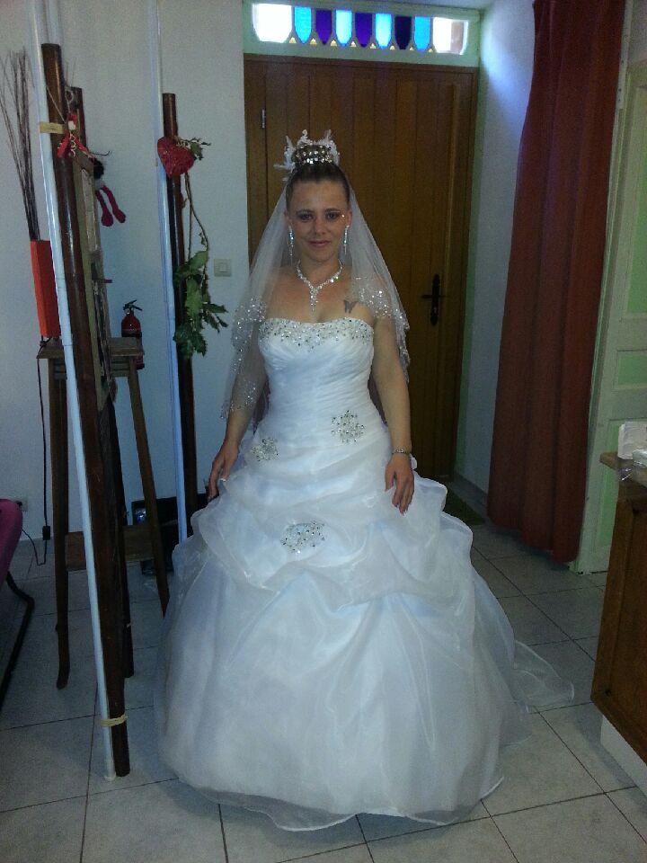 Robe de bal! Magnifique mariée!