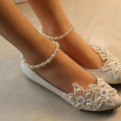 Chaussure de mariée fleur