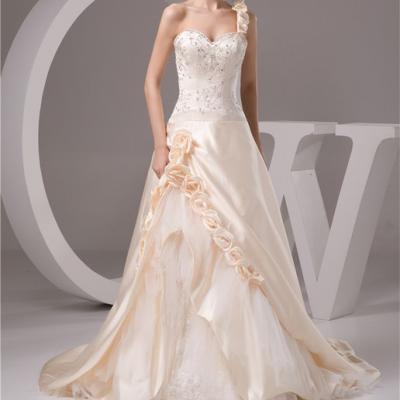 Robe de mariée par taille