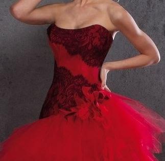 robe de mariée bustier rouge