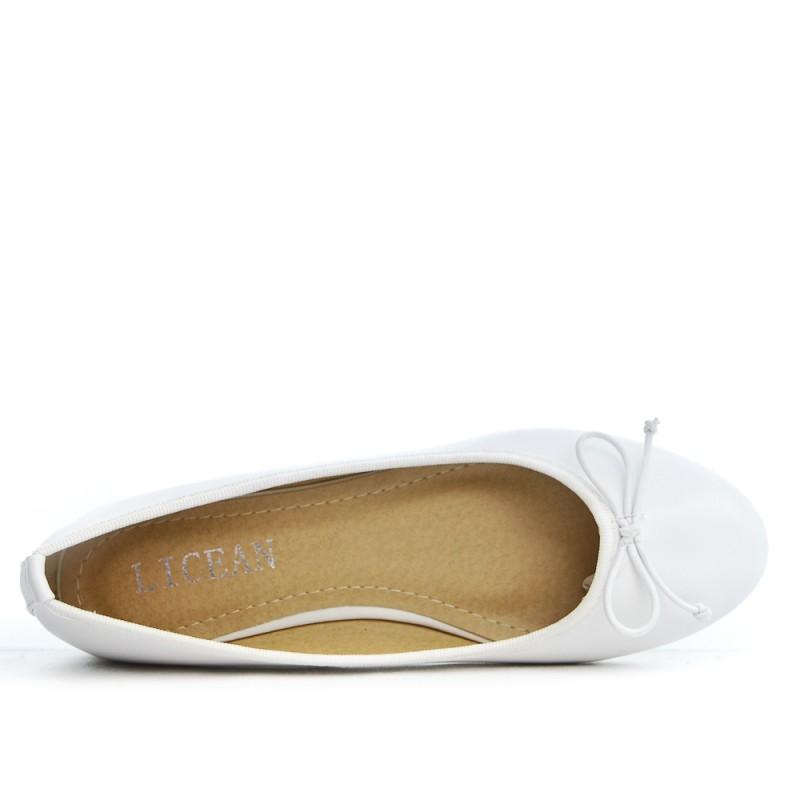 Ballerine blanc en simili cuir a noeud 1