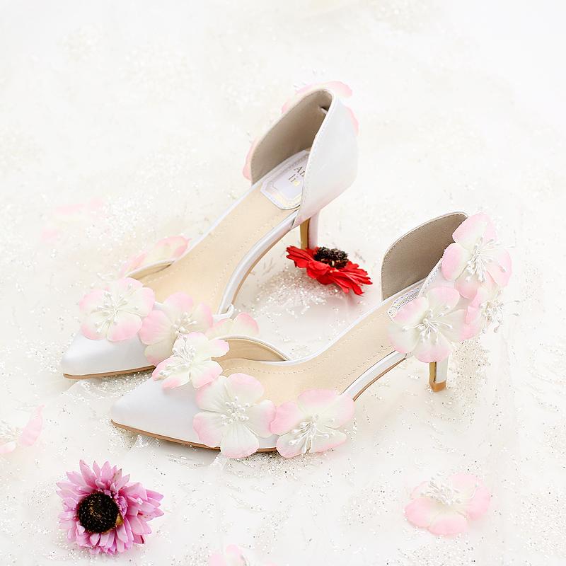 Blanc soies et satins de mariee chaussures a talons hauts chaussures rose fleur mince talons de