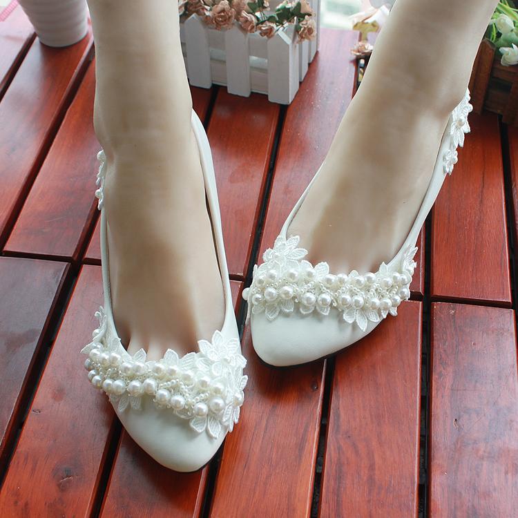 Chaussures de mariee en dentelle de perles chaussures de mariage blanc a talons hauts chaussures de