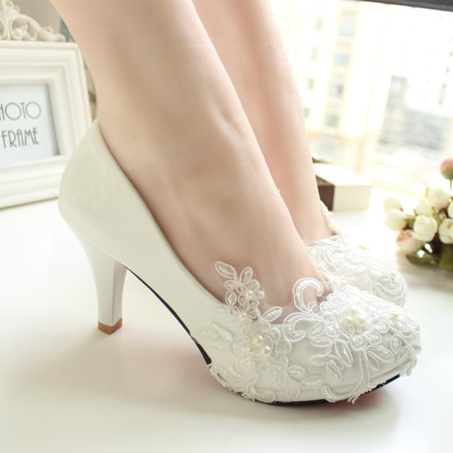 Dentelle a la main chaussures de mariage blanc chaussures de mariee demoiselle d honneur chaussures banquet jpg 640x640