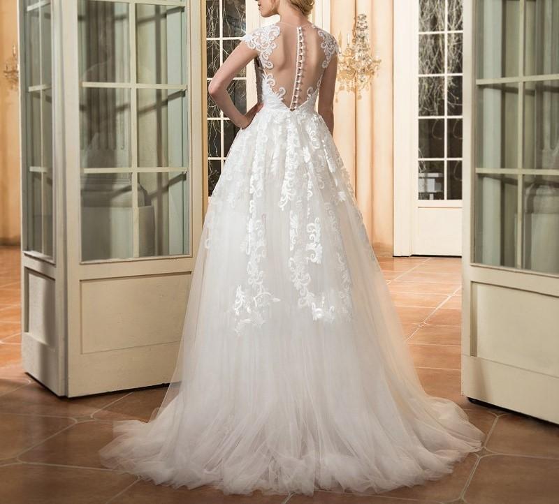 Dressv a ligne cap manches de mariage robe ivoire scoop cou appliques bouton vintage longue eacute