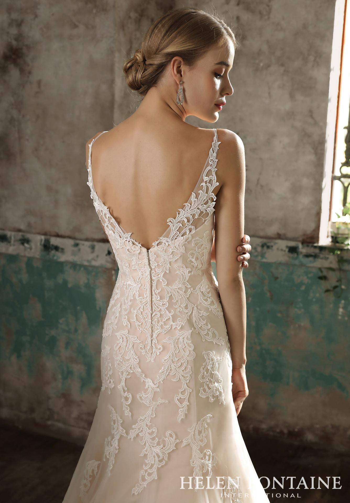 Robe de mariée dos V