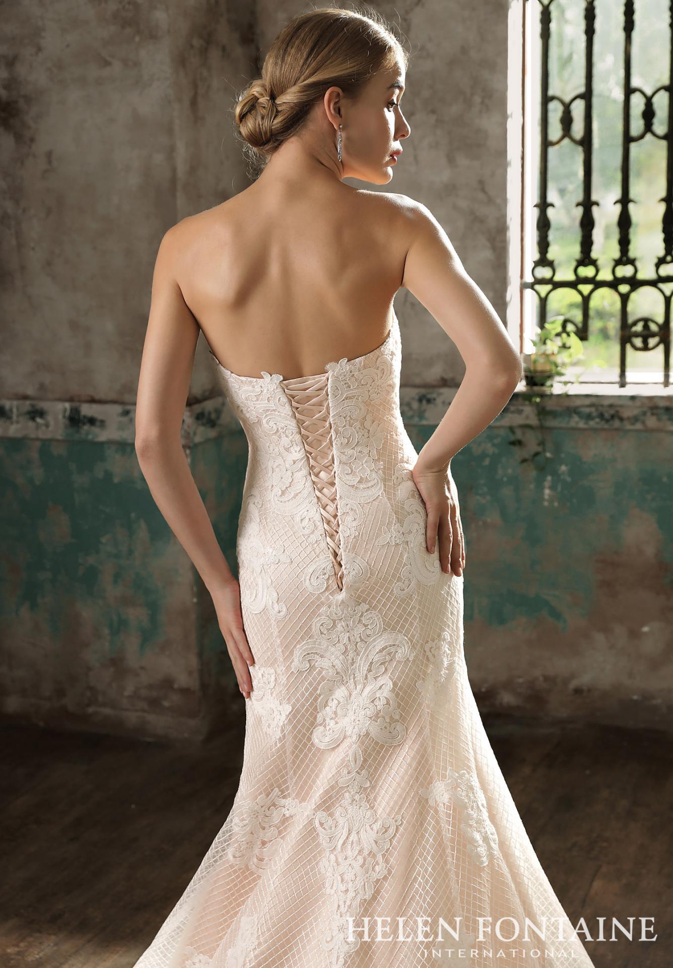 Dos robes de mariée