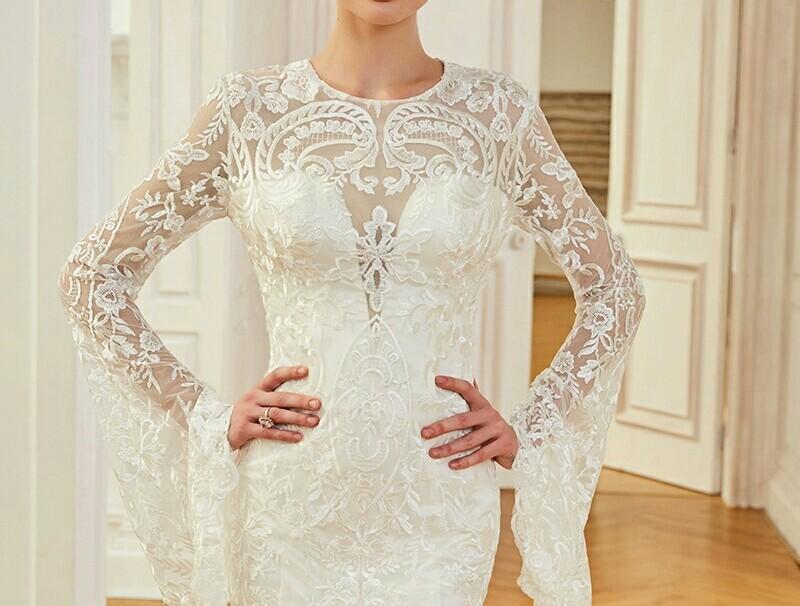 Robe de mariée manches évasée