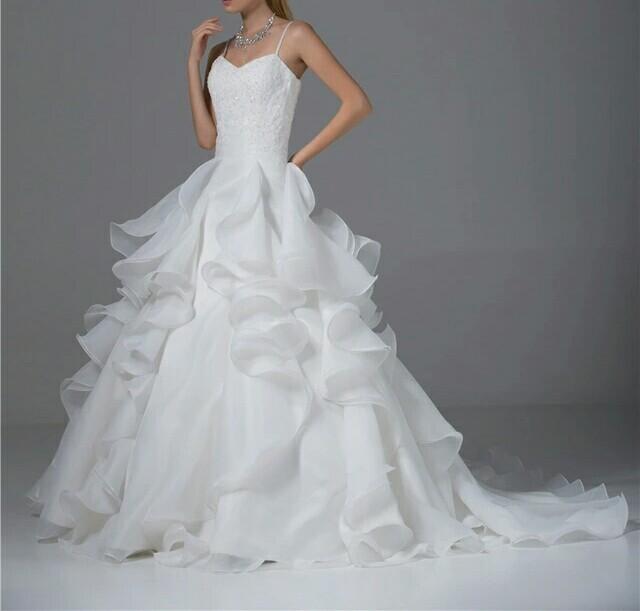 robe de mariée créée d'après des photo