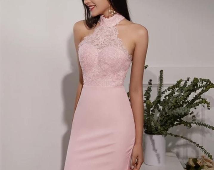 Robe de demoiselle d'honneur couleur rose