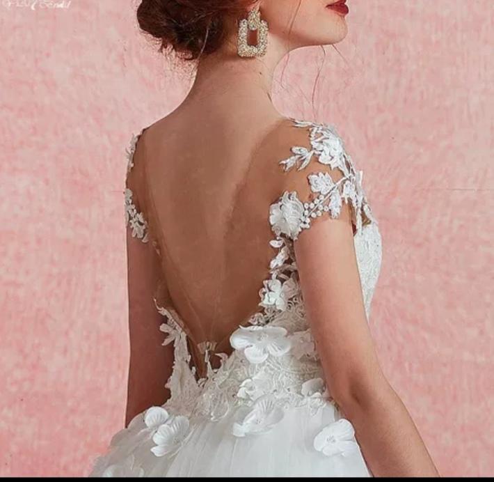 Dos nu robe de mariée