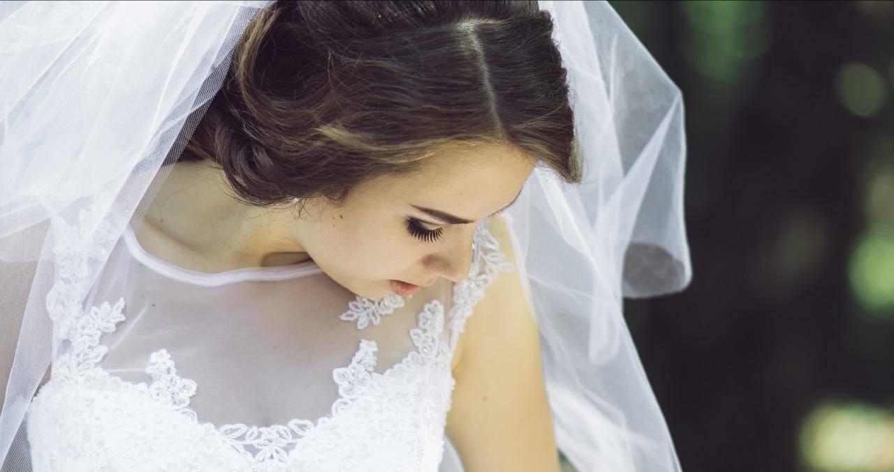 Robes de mariée et robe de soirée sur mesure