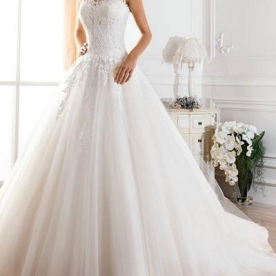Robe de mariée décolleté illusion