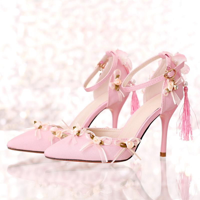 Rose satin tissu bout pointu ultra hauts talons chaussures de mariage gland talons minces dentelle fleur