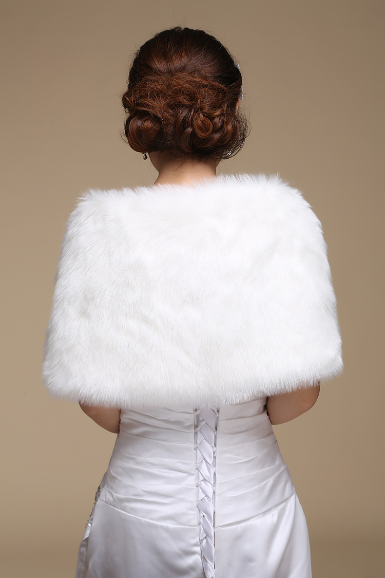 Wedding bolero outerwear wedding accessories urged wrap bride formal winter cape bride fur shawl wedding jackets 1
